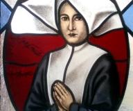 2009 -Poznań detal witrażu z portretami dla sióstr miłosierdzia św. Wincentego a Paulo