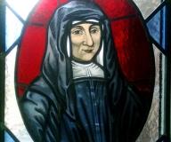 2009 - Poznań detal witrażu z portretami dla sióstr miłosierdzia św. Wincentego a Paulo
